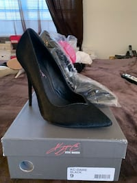 Keyshia Cole Steve Madden platforms  Woodbridge, 22191