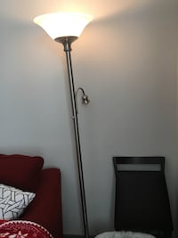 1 floor lamp Rockville, 20850
