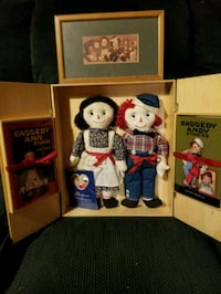 assorted plush toys and boxes Myersville, 21773