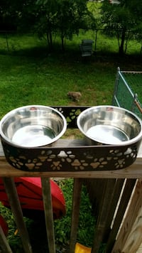 two white-and-gray ceramic bowls Middletown, 10940