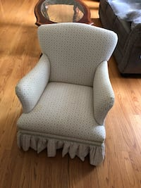 Child's Chair for bedroom or playroom  Naperville, 60540