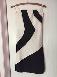 white and black sleeveless dress London, N5V 4V7