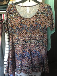Lularoe xxs perfect t King George, 22485