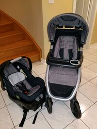 Eddie Bauer stroller and car seat *looks new Brampton, L6R 1L5