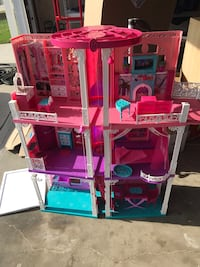 Barbie Dream House - AVAILABLE UNTIL WED. 12/19 Cerritos, 90703