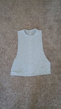 Work Out Top. Gym Shirt for over Sports Bra Cambridge, N1P 1E6