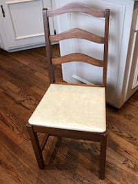Vintage Wood Accent chair with vinyl seat Mission, 66202