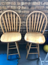 2 Chairs brown wooden. Springfield, 22151