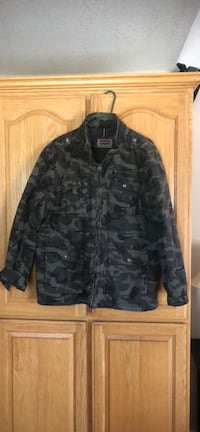 Levi's camouflage jacket Antioch, 94509
