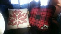 New Maple leaf and red plaid full pillows Montreal, H8T