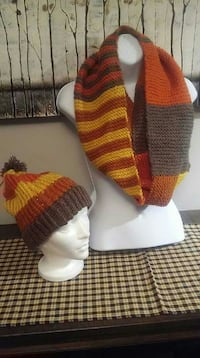 Knit hat and crochet infinity scarf set Airdrie, T4B 2J1