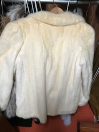 Cream Mink Jacket Size large!  Was mother's, need to sell! Dallas, 75238