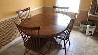 Kitchen/dining table Warwick, 02818