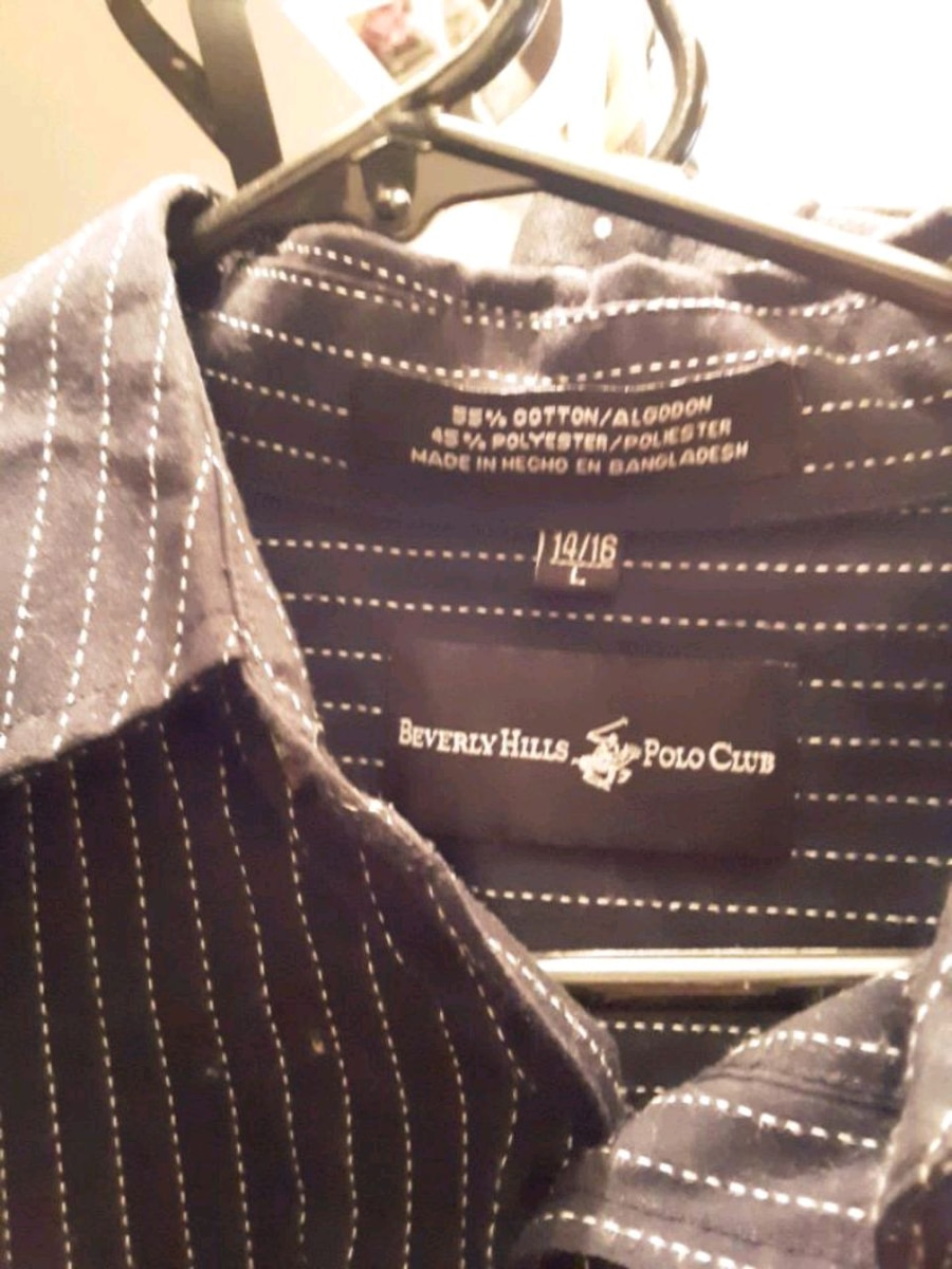 Photo Beverly Hills Polo Club Dress Shirt.