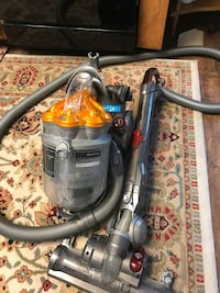 PERFECT DYSON CANISTERS DC-21—EXCELLENT CONDITION