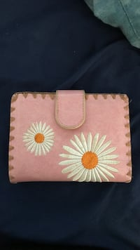 Pink and white floral leather wallet Hollywood, 33021