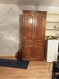 brown wooden cabinet with mirror Brookfield, 60513