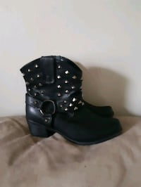 womens studded boots  Woodstock, N4S 2Y7