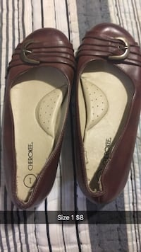 Pair of brown leather flats little girls  Ore City, 75683