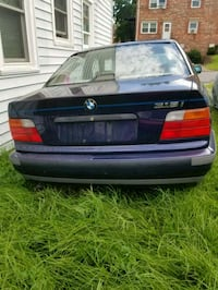BMW - 3-Series - 1995 Staunton, 24401