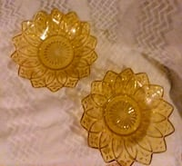 SALE! Two Vintage Amber Glass Bowls Nampa