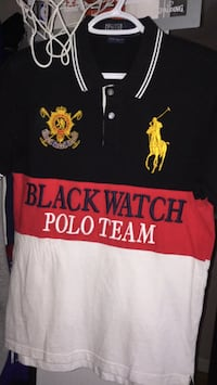 Size small black and red ralph lauren polo shirt Toronto, M4H 1L7