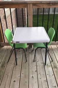 Folding Table with 2 Sturdy Chairs Brampton, L6V 0V2