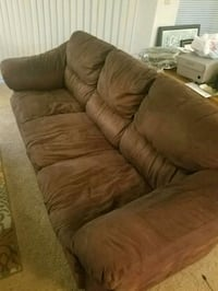 Brown couch Greater Carrollwood, 33618