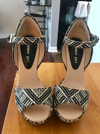 Brand new size 6 wedges Rockville