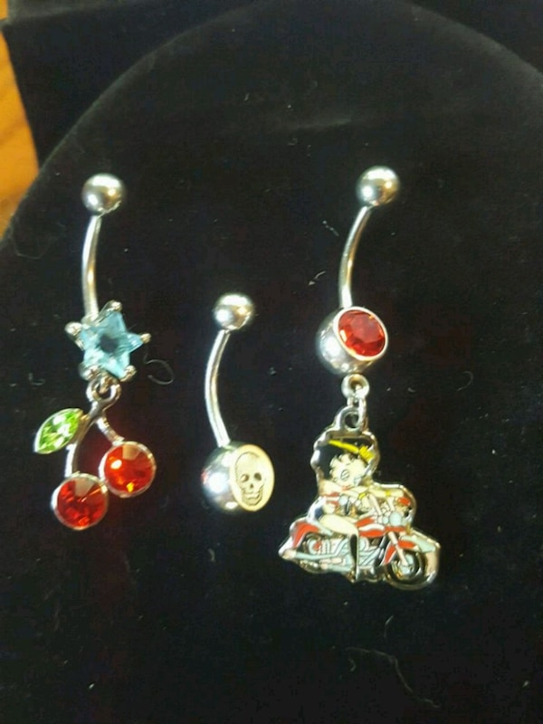 3 Brand New Hypoallergenic Gem Belly Button Rings Usado En Venta En