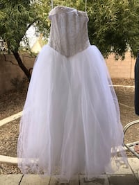 Never worn!! Tags still attached! Size 4 in altered quince dress Cinderella Gown  North Las Vegas, 89081