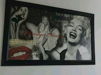 Marilyn Monroe photo with black wooden frame Longueuil, J4H 3R7