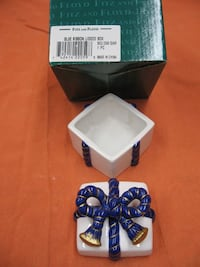 Fitz and Floyd Classics Porcelain Blue Ribbon Lidded Box