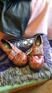 pair of brown leather slip on shoes Denver, 80231
