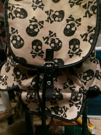 white and black floral backpack Oklahoma City, 73112