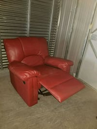 red leather recliner sofa chair 938 mi