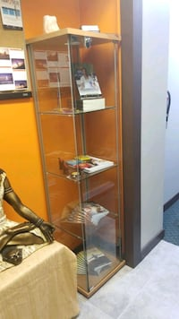Glass Display Cabinet with Lock Surrey, V3W 3G1