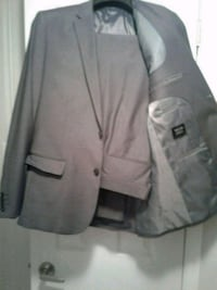 Men's 2pc suit  Brampton, L6V 3J9