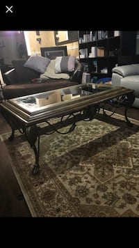 Rod iron and glass coffee table  532 km