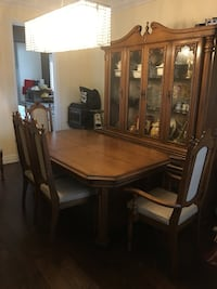 Brown wooden dining table set Grimsby, L3M