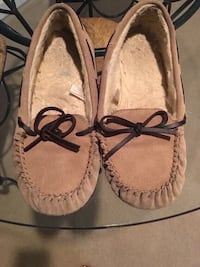 Slip on shoes size 5/6