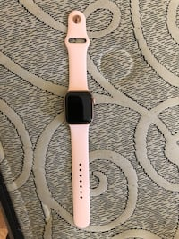 Apple Watch series 4 40mm gps and cellular pink Toronto, M9V
