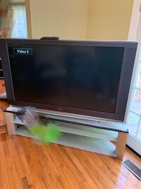 "60"" SONY HDTV with remote and matching stand Woodbridge, 22193"