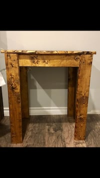 2 solid wood end tables Brampton, L6W 3G1