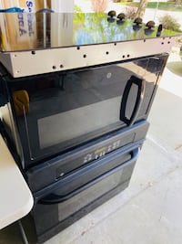 """Single wall oven 30"""" + cooktop + microwave GE"""