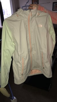 North face wind breaker Women's XL