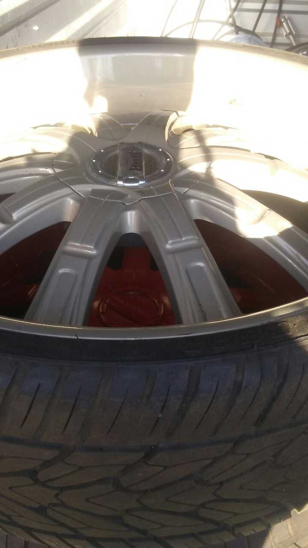 Used 28 6 Lugs 2953028 Tires 90 Precent Tread For Sale In Loris