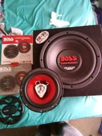 10 inch subwoofer and boss 6.5 door speakers Weston, 43569
