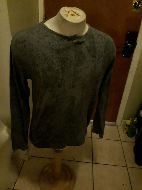 Kenneth Cole long sleeve size S