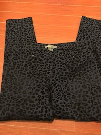 8th and Madison jeggings   Size medium  Vancouver, V6E 4H1